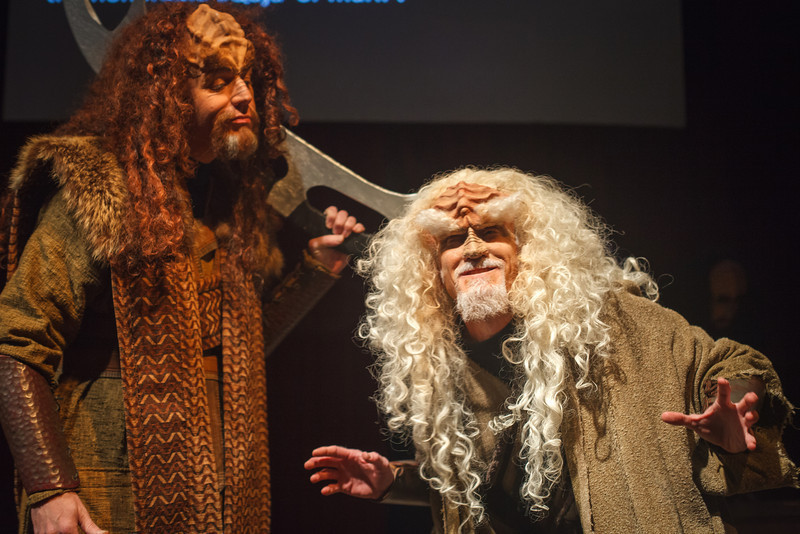 chi-ugc-article-revamped-klingon-christmas-carol-goes-where-2013-11-29