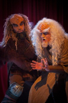 marlI' (Jovan King) confronts SQuja' (Kevin Alves) in A Klingon Christmas Carol